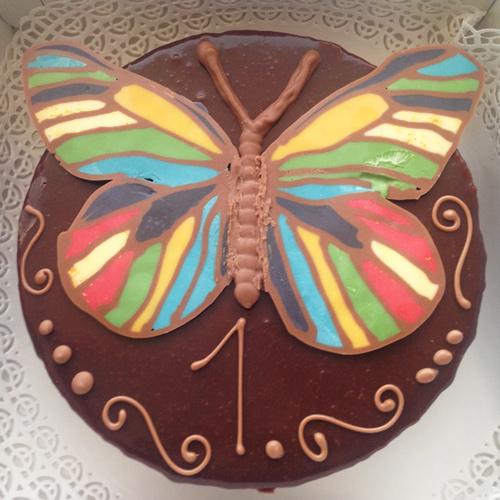 Schokoladentorte mit Schmetterling